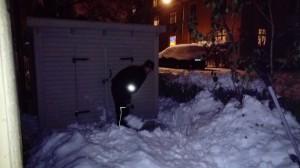 snöskottning med spade